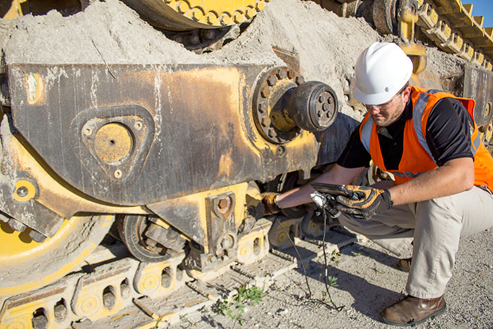 heavy equipment service repair